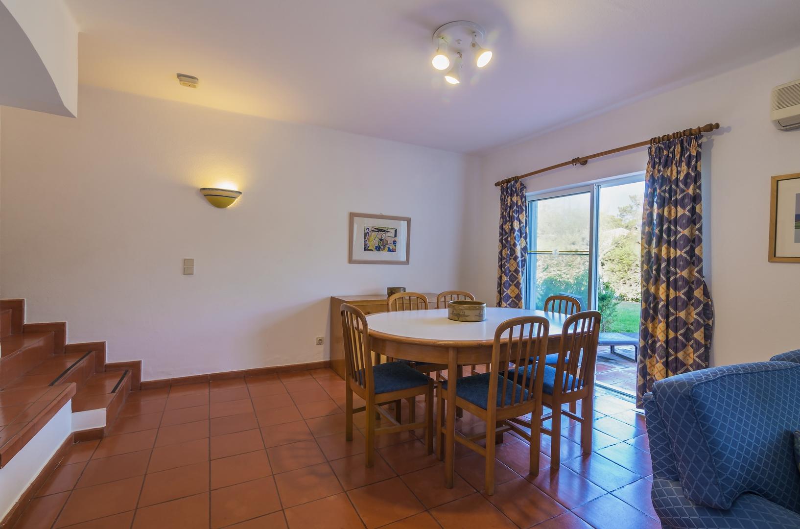 2 Bedroom Townhouse For Sale In Vilar do Golfe (4)