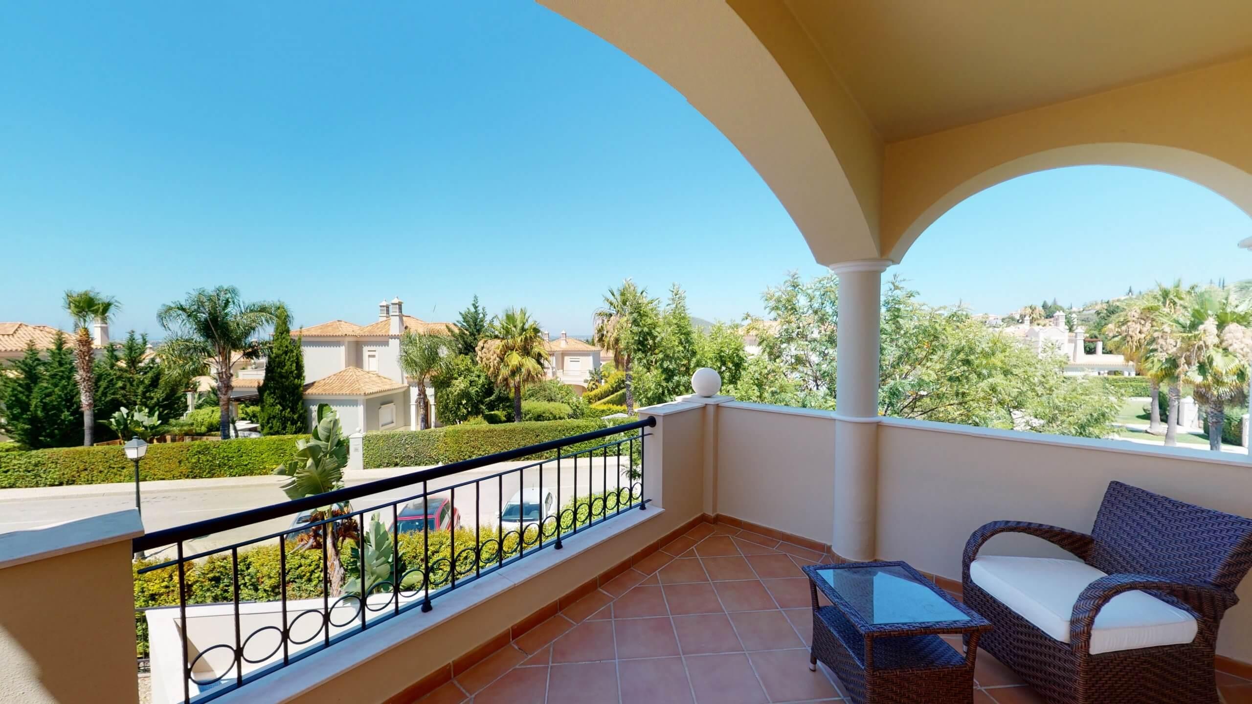 35-The-Crest-by-Trinity-Algarve-07032020_114322