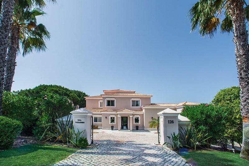 5 Bedroom Villa with sea view for sale in Quinta do Lago (3)