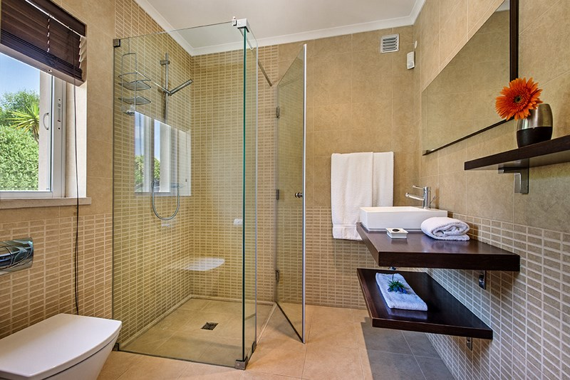5 Bedroom Villa with sea view for sale in Quinta do Lago (8)