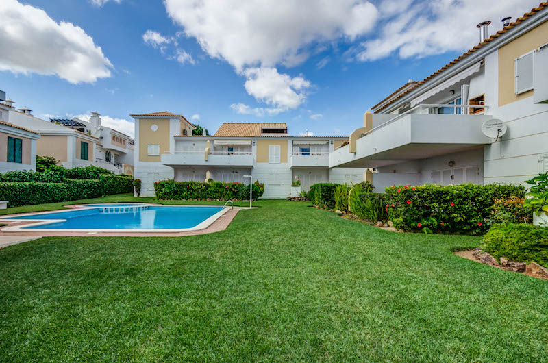 Vilamoura 2 Bed Apartment for Sale Portugal (32)